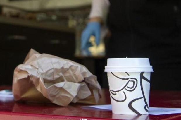 Ook koffiebars mogen openblijven voor afhaal