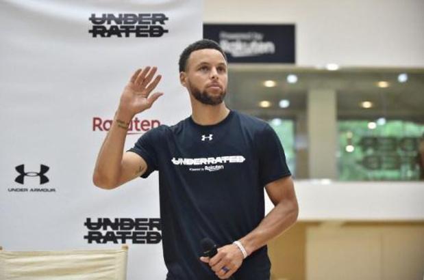 Philadelphie battu, Curry en démonstration avec Golden State