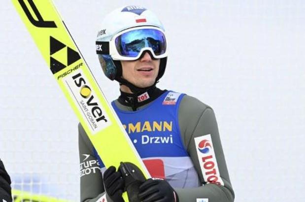 Kamil Stoch wint Vierschansentoernooi in Innsbruck