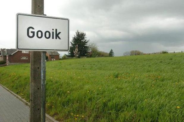Raadkamer Brussel: Burgemeester en algemeen directeur Gooik verdacht van fraude: bijkomend onderzoek gevraagd