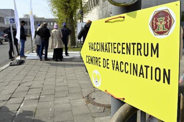 Le nombre de décès en nette baisse, alors que le virus recule