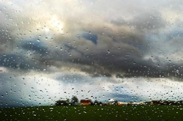 Un temps nuageux dimanche après-midi avec peu de pluie