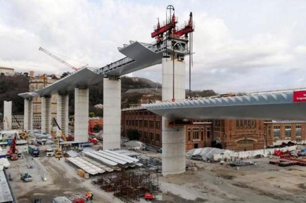Snelwegbrug in Genua - Ingestorte brug nauwelijks gecontroleerd en onderhouden