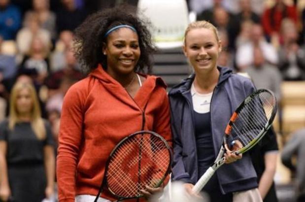 Pour sa tournée d'adieu, Caroline Wozniacki s'associe en double à Serena Williams à Auckland