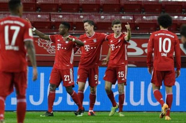Bundesliga - Bayern sluit 2020 als leider af dankzij zege in extremis bij Leverkusen