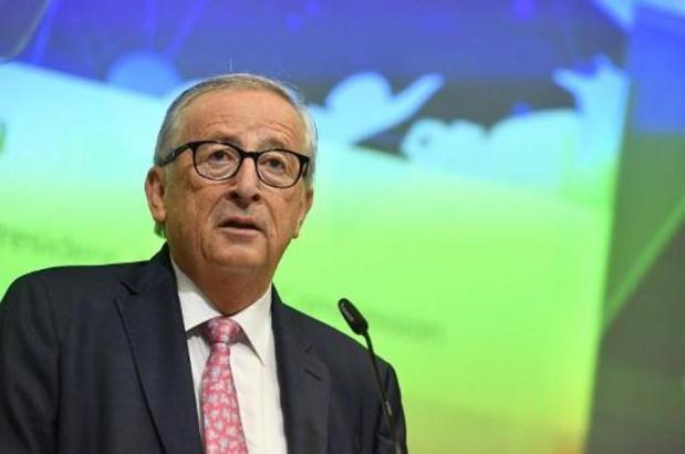 """La proposition Johnson comporte encore quelques """"points problématiques"""", selon Juncker"""