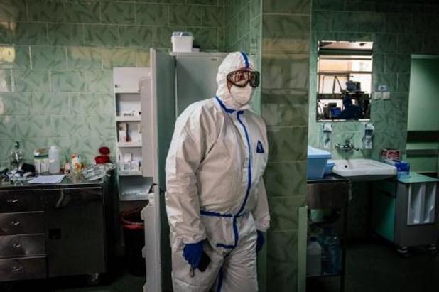 Bijna 500 zorgverstrekkers gestorven in Rusland