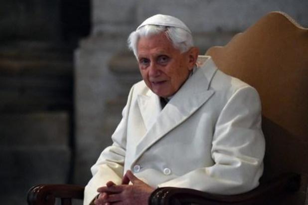 Ex-paus Benedictus kant zich in nieuw boek tegen afschaffing priestercelibaat