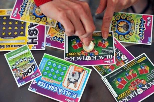 Les bornes de paris débranchées dans les libraires presse, mais la Loterie continue