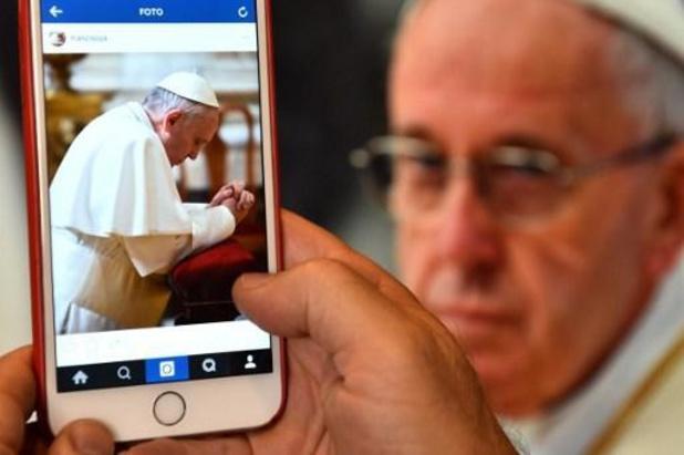 Paus Franciscus beperkt viering van Latijnse ritus