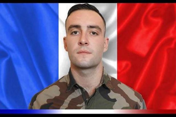 France: hommage à l'Assemblée au militaire français et aux soldats maliens tués au Mali