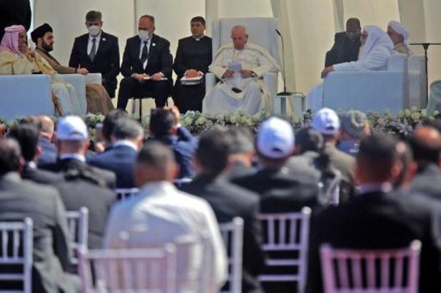 """Paus hekelt in Irak """"terrorisme dat religie misbruikt"""""""