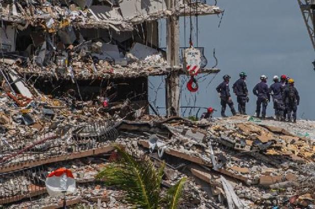 Effondrement d'un immeuble près de Miami Beach - Le bilan de l'immeuble effondré en Floride passe à 10 morts, 151 personnes manquantes