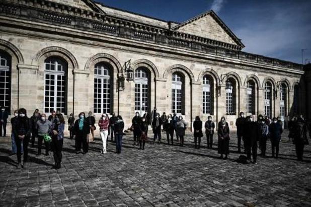 Les autorités ferment une mosquée près de Paris