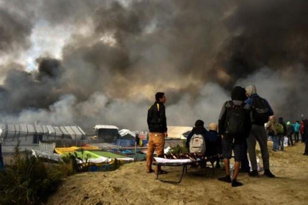 La Belgique envoie des tentes et des lits de camps en Albanie, touchée par un séisme