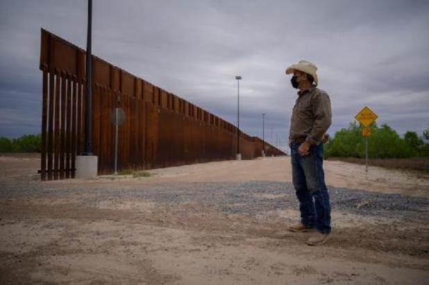 Pentagon schrapt alle bouwprojecten voor grensmuur van Trump