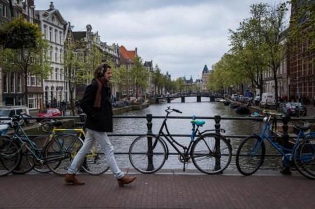 Deel kade ingestort in centrum Amsterdam
