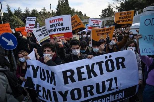 Turquie: 14 nouvelles arrestations après une manifestation étudiante à Istanbul