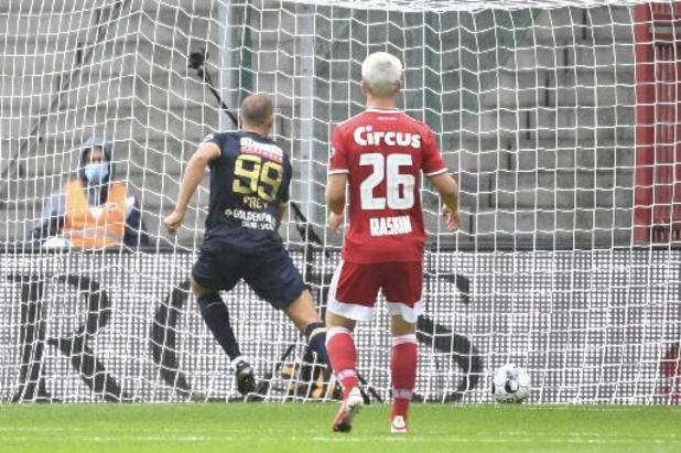 Antwerp overvleugelt Standard met 2-5 na vijf goals van Michael Frey
