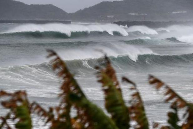 Krachtige tyfoon Haishen bedreigt zuiden van Japan