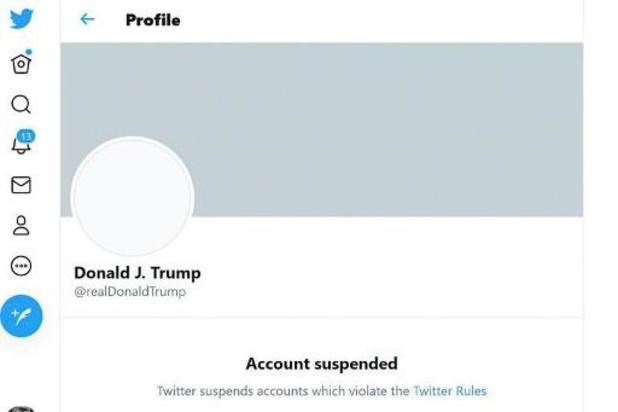 """Moskou noemt ban Trump op sociale media """"nucleaire explosie in cyberspace"""""""
