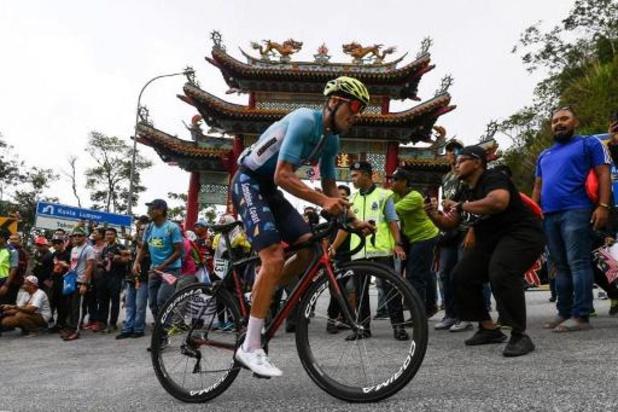 Coronavirus - Freddy Ovett wint vierde etappe virtuele Tour