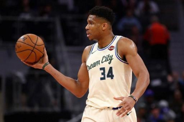 NBA - Milwaukee Bucks verslaan LA Lakers in clash der koplopers
