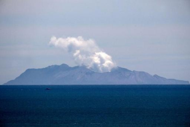Eruption d'un volcan en Nouvelle-Zélande - La police néo-zélandaise met fin aux recherches des deux dernières victimes du volcan