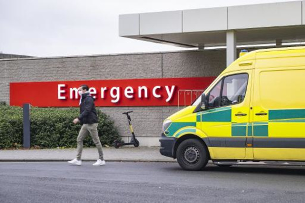 Brusselse ziekenhuizen naderen en overschrijden piek van eerste golf