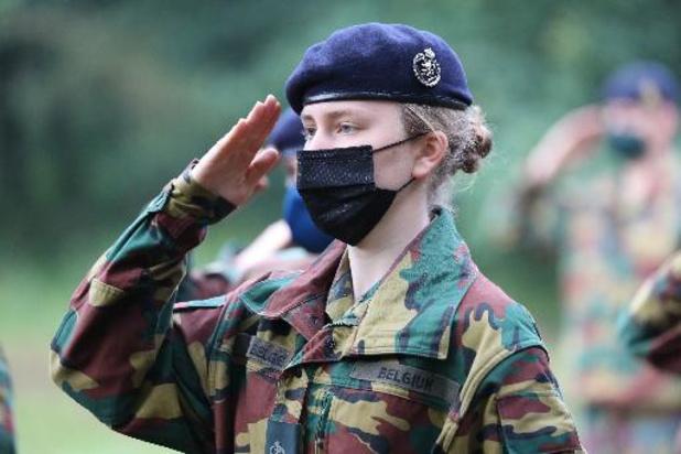 Prinses Elisabeth rondt militaire opleiding af