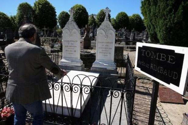 France: Macron rejette l'entrée de Rimbaud au Panthéon, le souhait de la famille respecté