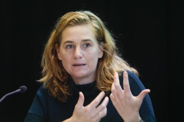 La ministre bruxelloise Elke Van den Brandt n'exclut pas de nouvelles mesures