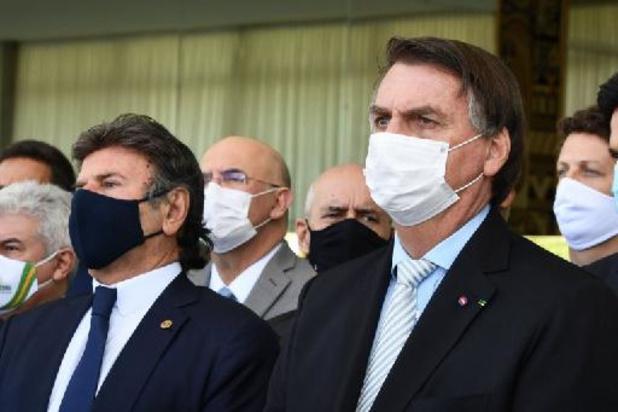 Bolsonaro lance un comité de crise anticovid