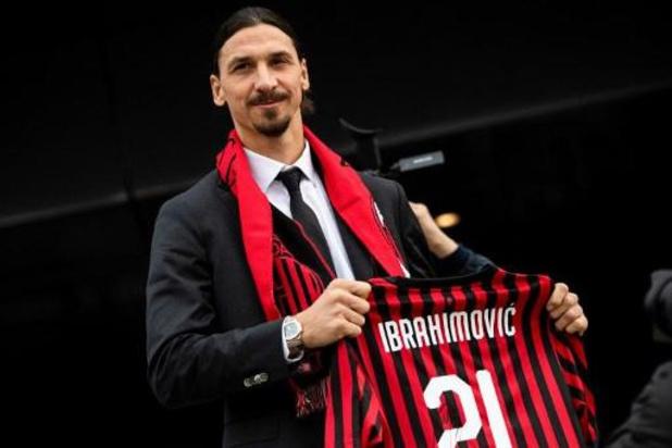 """""""Op je 38e voor Milan tekenen is uniek"""", zegt Ibrahimovic bij voorstelling"""