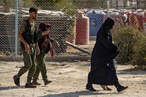 Twee van gevaarlijkste Belgische vrouwen ontsnapt uit Koerdisch gevangenenkamp