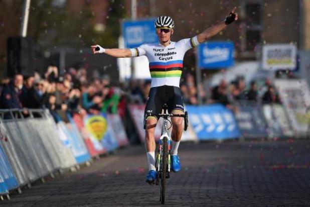 Retour gagnant pour Mathieu van der Poel, vainqueur en solitaire à Ruddervoorde