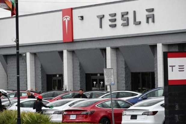 Avec une moyenne de 27.662 km/an, les conducteurs de Tesla sont ceux qui roulent le plus