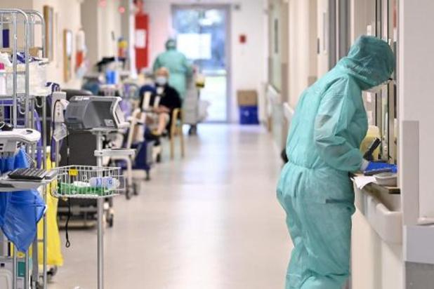 Trois semaines de hausse du nombre de cas en Europe, avertit l'OMS