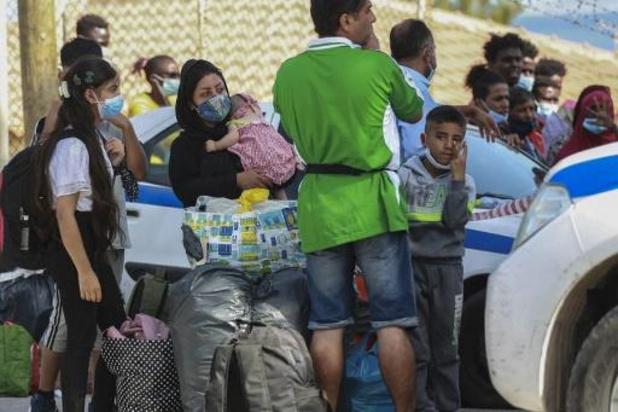 """Asile et migration - À Lesbos, le nouveau camp de migrants est """"pire que Moria"""""""