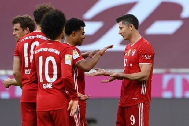Bundesliga - Bayern geeft landstitel extra veel glans met monsterzege tegen Mönchengladbach
