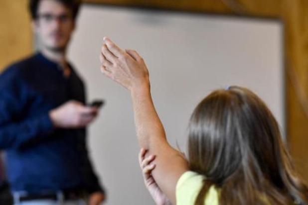 Coronavirus - Les écoles maternelles commencent à rentrer mardi, sur fond de tension sociale
