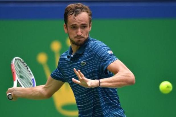 Daniil Medvedev is eerste halvefinalist in Shanghai
