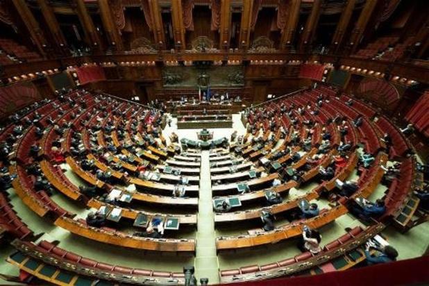 Au moins vingt députés italiens contaminés