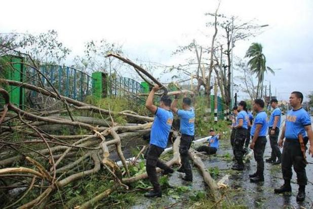 Vier doden na tyfoon Kammuri op Filipijnen, luchthaven gesloten