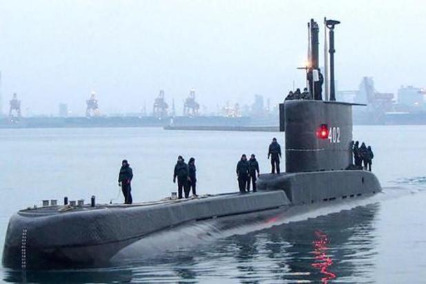 Les recherches s'intensifient en Indonésie pour retrouver le sous-marin porté disparu