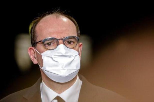 La France espère dépasser son objectif de vaccination et épingle les laboratoires
