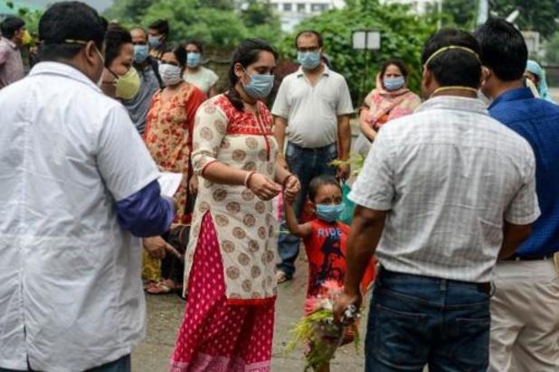 Nieuw dagrecord van 22.000 besmettingen in India, meer dan 10.000 coronadoden in Rusland