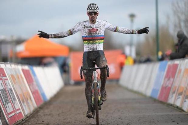 Mathieu van der Poel et Blanka Vas s'adjugent la victoire à Bredene