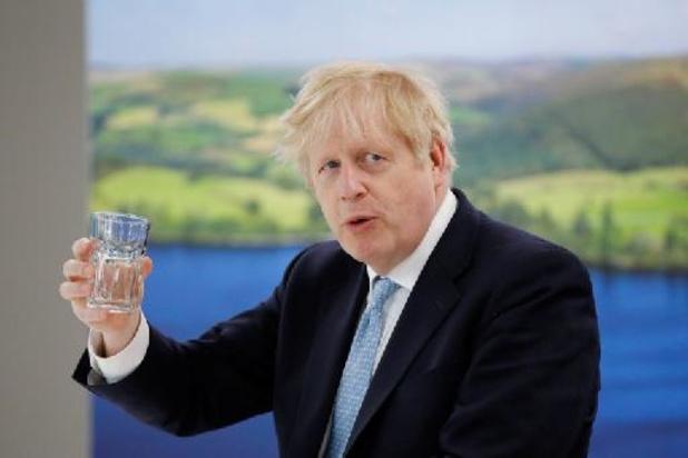 """Royaume-Uni: Boris Johnson salue des progrès électoraux """"très encourageants"""""""