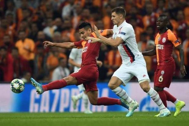 Belgen in het buitenland - Thomas Meunier blijft foutloos met PSG in Champions League, Bayern vernedert Tottenham